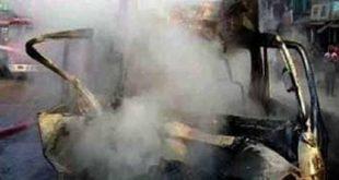 কুমিল্লায় ট্রাকের ধাক্কায় মাইক্রোবাস উল্টে সিলিন্ডার বিস্ফোরণ, নিহত ৩,অাহত ৫